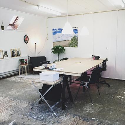 bureau cargo bureau cargo de maisons du monde tendance. Black Bedroom Furniture Sets. Home Design Ideas